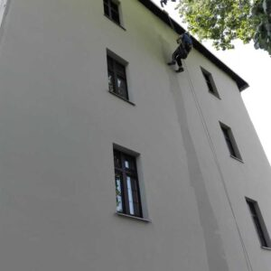 Malowanie elewacji - budynek mieszkalny