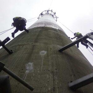 Malowanie komina na wysokości